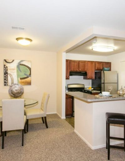 canton-club-apartments-for-rent-in-canton-mi-gallery-16